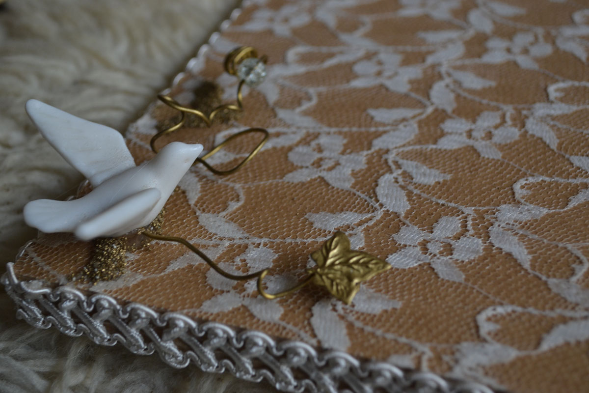 Wooden Handmade Tray Decorated with Lace and Porcelain Pidgeons