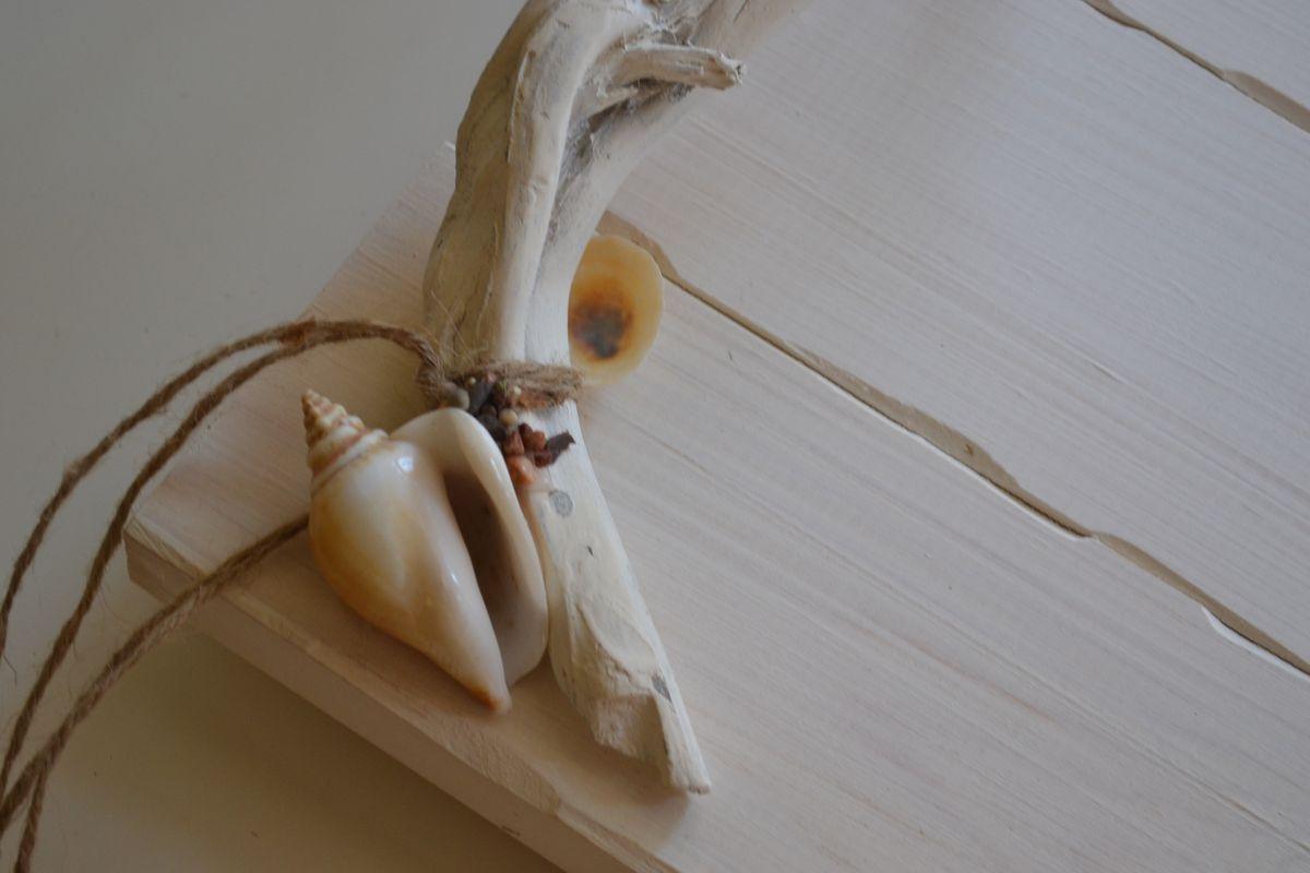 Ξύλινος Δίσκος με θαλασσόξυλα και κοχύλια